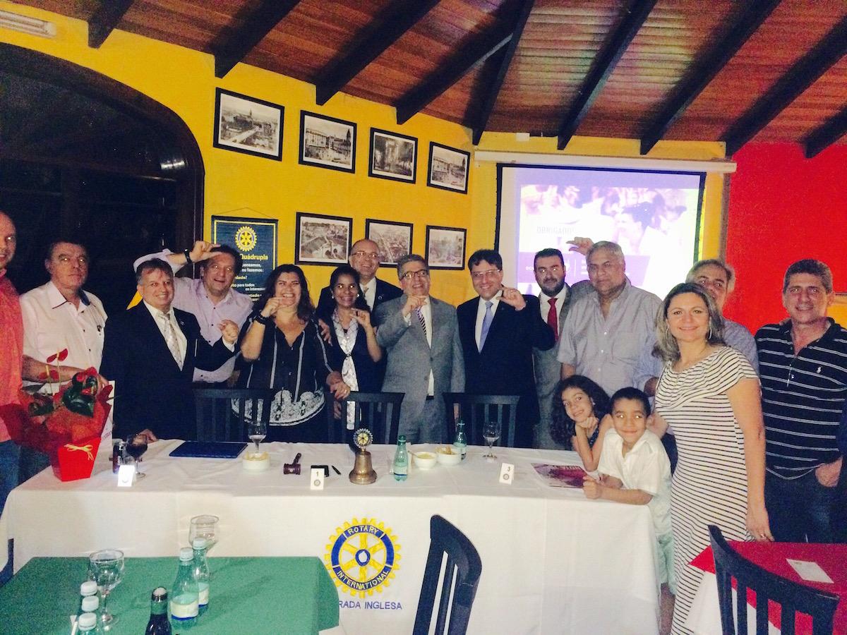 Presidentes, governadores e dirigentes do Rotary classificam a palestra da presidente Solange Cruz como inspiradora!